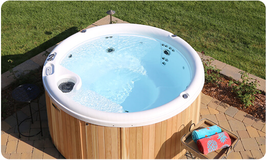 jacuzzi hout massagejets ticra outdoor whirlpool
